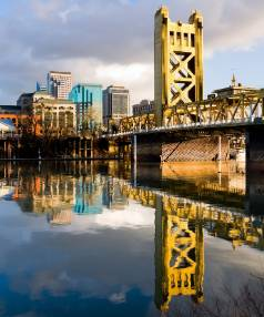 COOL CITY: Tower Bridge in Sacramento, California.