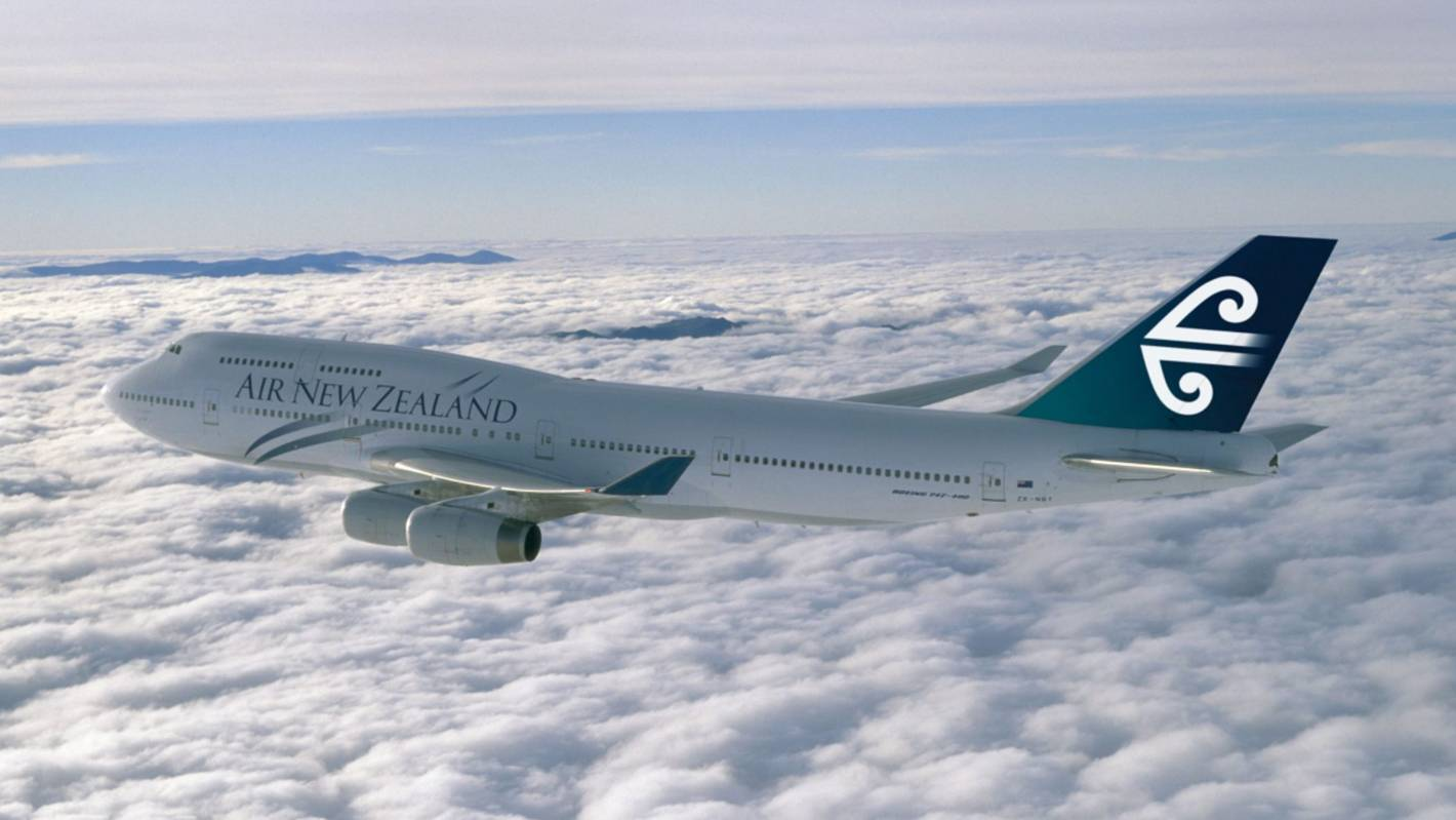 Last Air NZ Boeing 747-400 flies into history | Stuff co nz
