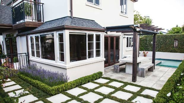 Outdoor Pavers New Zealand : Paving stones and mondo grass have replaced rachel plants