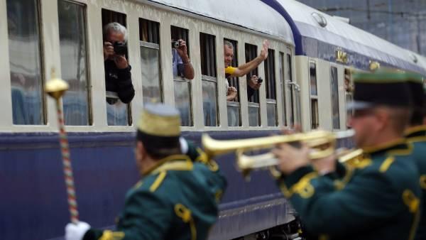The Tehran-bound train departing Nyugati Terminus in Budapest.