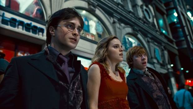JK Rowling Celebrates 20th Anniversary of 'Harry Potter'
