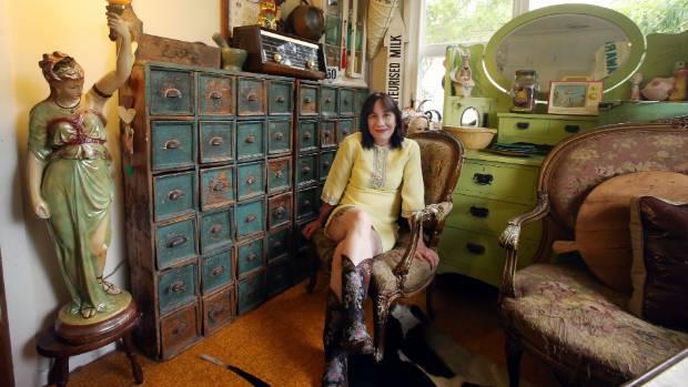 uterus for sale slightly used. Black Bedroom Furniture Sets. Home Design Ideas