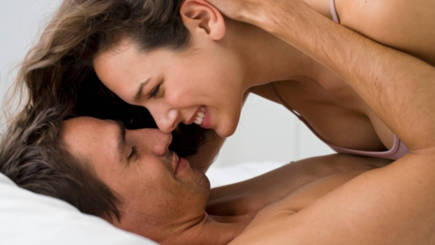 Как можно смотрет самый сильныйпорно как мужики сасают, порно-фото два члена в жопе
