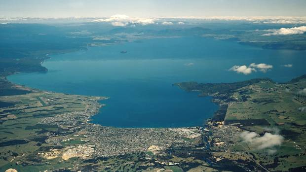 Let 39 s live in taupo for Minimalist house lake taupo