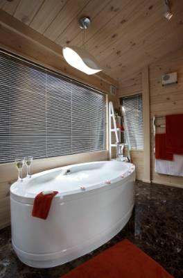 BATHE IN LUXURY: Bubble bath? Yes please!