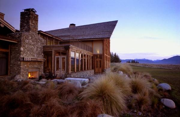 10 things to know about building a log home