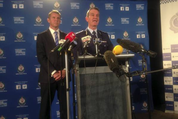 Premier Mike Baird and NSW Police Commissioner Andrew Scipione speak about the siege