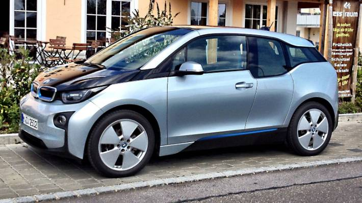 Our Top Car Of 2014 Bmw S Whirring I3 Warrior Stuff Co Nz