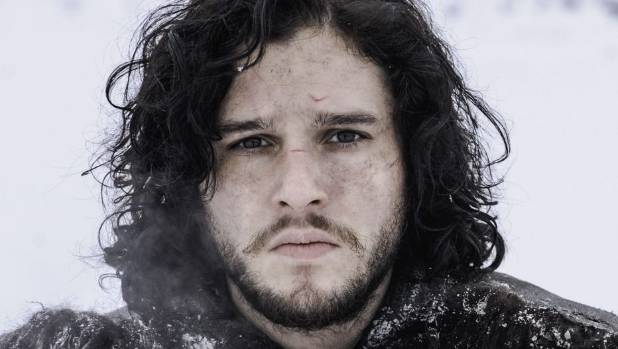 game of thrones 39 jon snow ditches beard for a whole new look. Black Bedroom Furniture Sets. Home Design Ideas