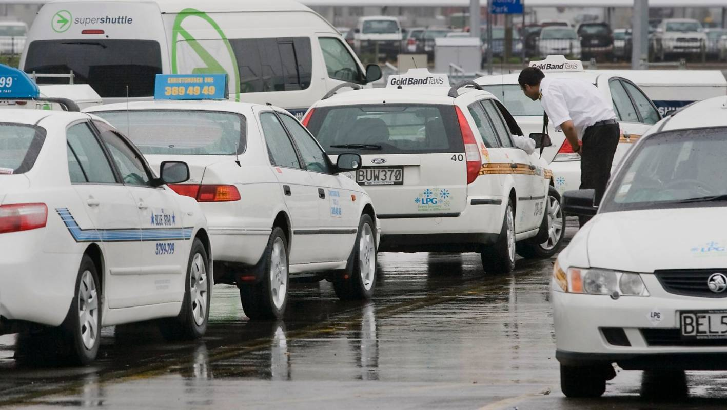 Price Of Fuel Falls But Not Nz Cab Fares Stuff Co Nz