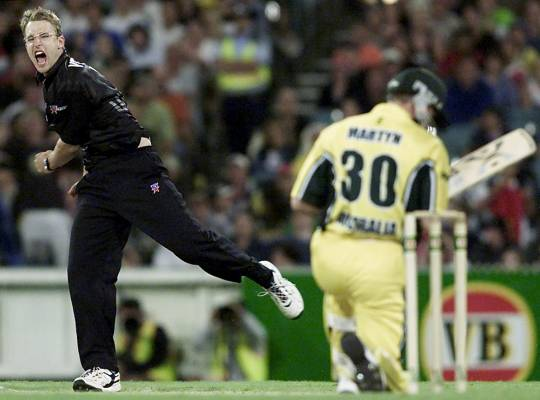 Daniel Vettori celebrates after taking the wicket of Australia's Damien Martyn at the MCG in 2002.