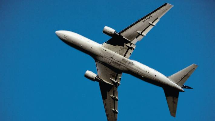 kiwis christmas budgets are being stretched by expensive flights over the festive season - Cheap Christmas Flights