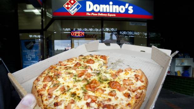 thief steals five pizzas from domino 39 s delivery man. Black Bedroom Furniture Sets. Home Design Ideas