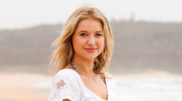 Who Is Maddy From Home And Away Hookup