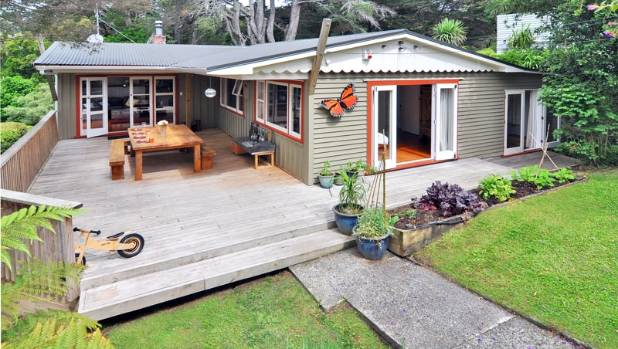 HOMELY: Michele Powles' Auckland house, which the family are now selling by themselves.