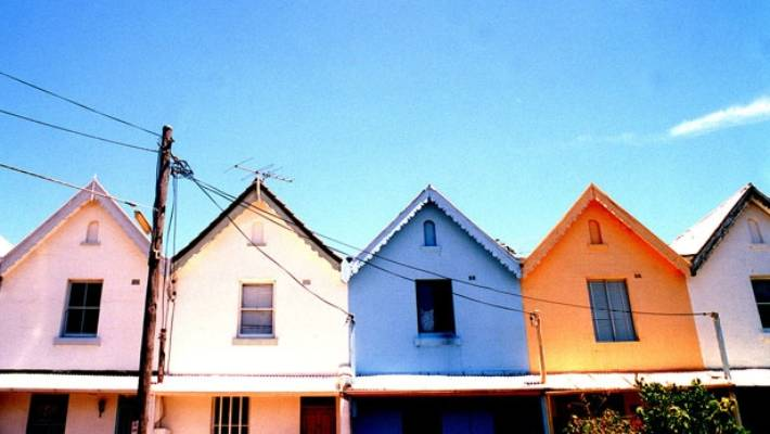 Eight Tips For Choosing The Perfect Exterior Paint Colour