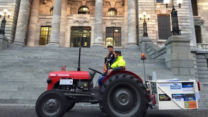 Tractor in the city stops outside Parliament | Stuff co nz