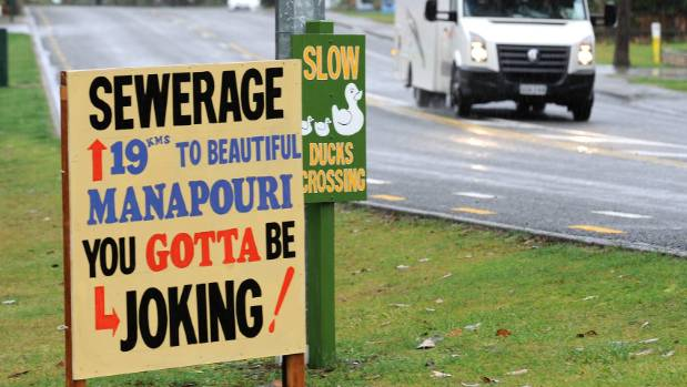 This sign in Te Anau illustrates the strong feelings in the area against the proposed sewerage scheme for the town.