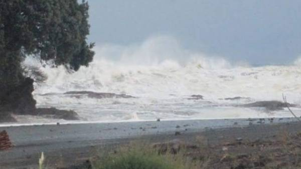 Heavy seas crash in on Omaio Bay, in the Bay of Plenty.