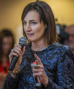 Businesswoman Claudia Batten talks with 250 budding entrepreneurs at the 2015 Christchurch Mashup.