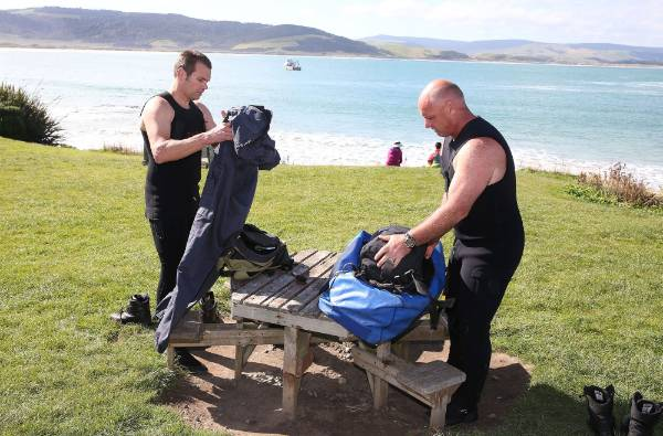 Police national diver squad members from Wellington, Sergeant Nigel Bullock, left, and Officer in Charge Senior Sergent ...