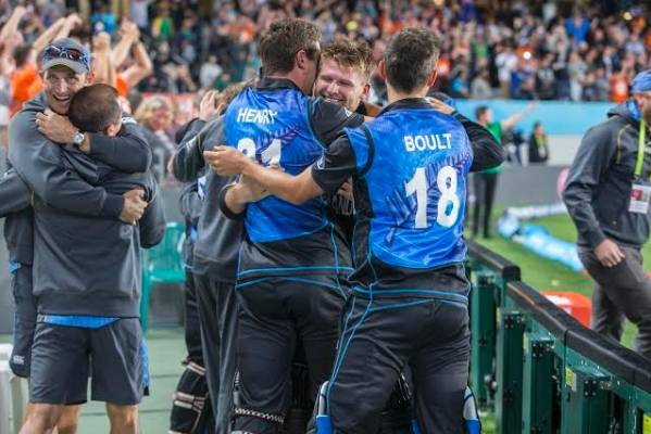 MORE REASON TO SIMLE: The Black Caps players are in for a pay day of around $400,000 if they prevail in the World Cup final.