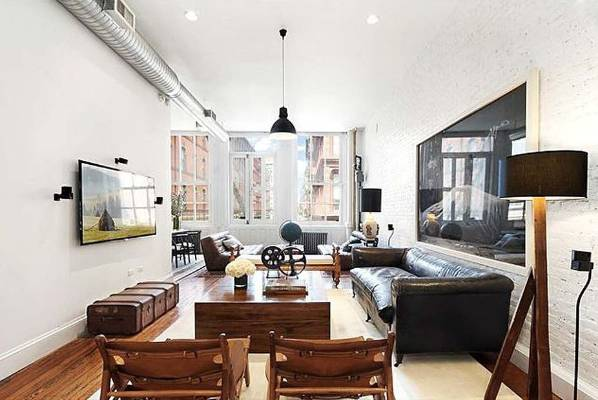 Jonah hill 39 s new york apartment on the market again for Como decorar un apartamento moderno