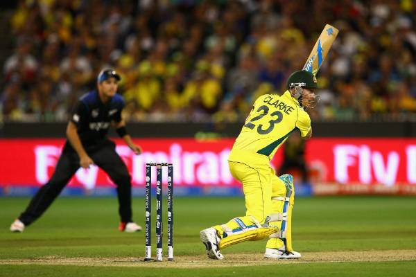 Aussie skipper Michael Clarke bats against the Black Caps in the Cricket World Cup final at the MCG.
