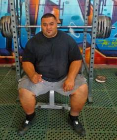 Elnez Tofa is hoping to claim the raw bench press world record in April.