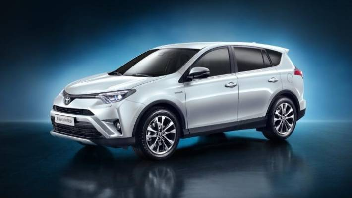 Toyota Rav4 Hybrid Unveiled At The New York Auto Show