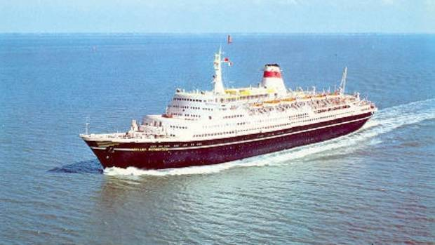 The Soviet liner Mikhail Lermontov was carrying 409 mostly Australian passengers and 330 crew on its New Zealand cruise.