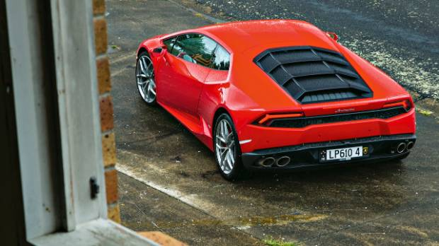 Lamborghini Huracan Displays Its Supercar Form.