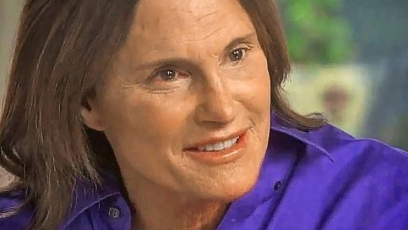 Bruce Jenner I Am A Woman  Stuffconz-6651