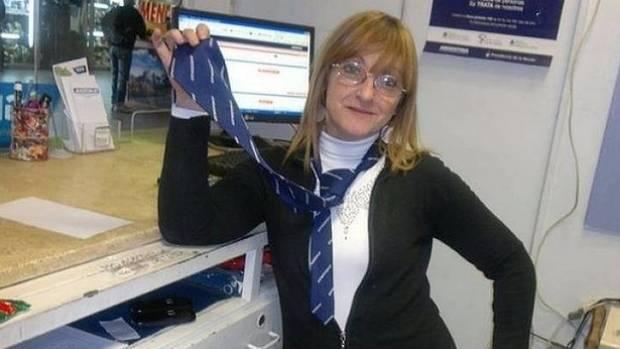 Awesome facebook slut brittney jones head game 4