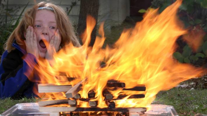 Primary school to let students play with fire | Stuff.co.nz