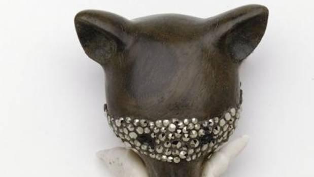 Jane Dodd Fuchsprellen, Lignum vitae, beef bone, marcasite, sterling silver.