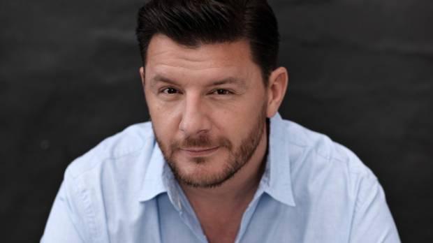 Manu feildel returns to judge season 6 of mkr australia for Y kitchen rules season 6