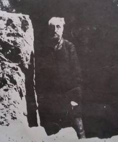 Island Bay's famous hermit, thought to be wealthy Irishman William Perssee, pictured in 1890.