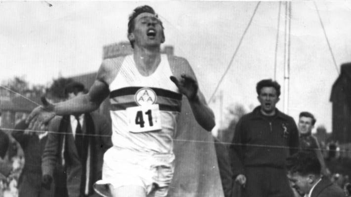 Sir Roger Bannister First Man To Run A Mile In Under 4 border=