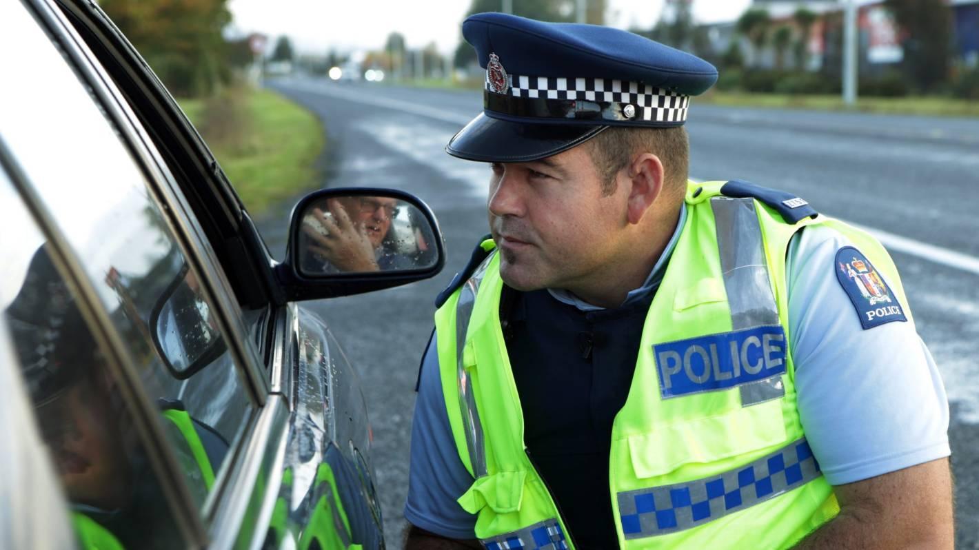 Police target Hamilton motorists running red traffic lights