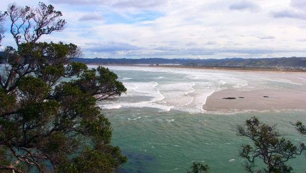 The Ngunguru Sandspit looking south-west from a lookout point near Wellingtons Bay on the Tutukaka Coast.