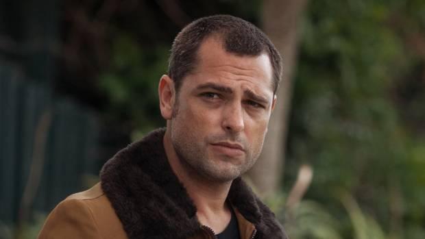 Glen Levy as Dario Doslic.