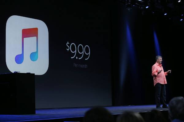 Eddy Cue unveils the price of Apple Music at WWDC in San Francisco.