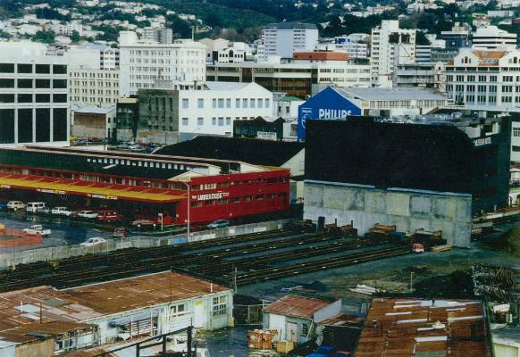 Museum Hotel was moved on rails from the Te Papa site to its current site.