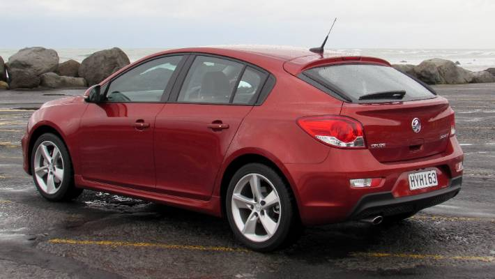 Holden Cruze Cruises Towards End Of Assembly Stuff Co Nz