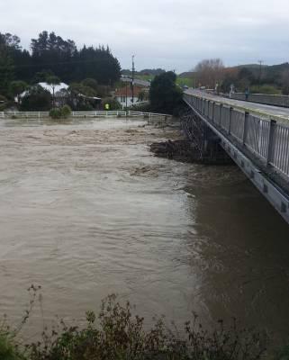 The flooded Waitotara river