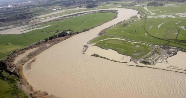 Manawatu River between Palmerston North & Ashhurst.