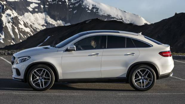 Mercedes benz getting ready for suv blitz for Mercedes benz suv models list