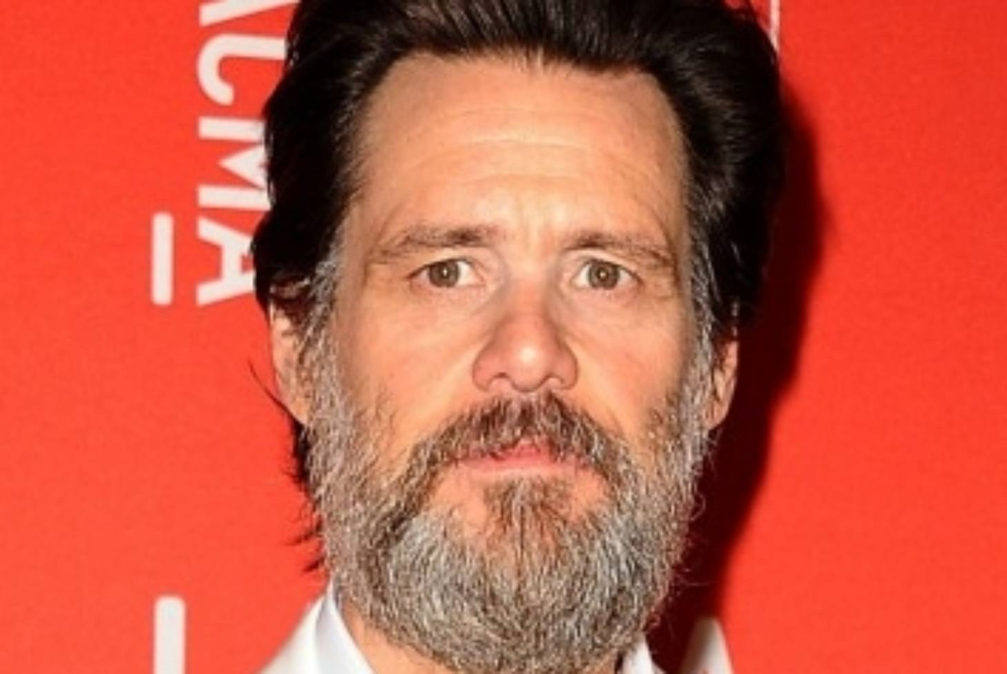 Jim Carrey noticed with a new girl six months after the suicide of the former