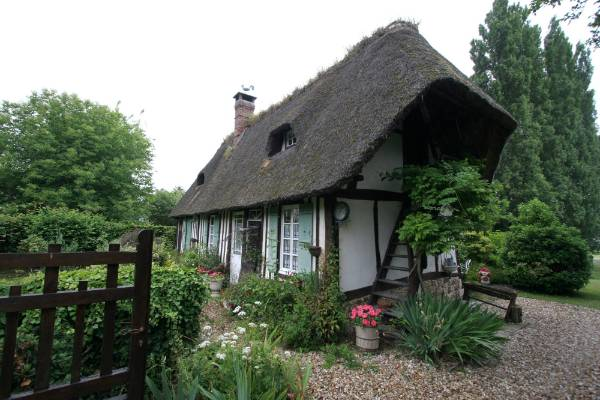 With dark, small rooms, half-timbered thatched houses are only beautiful until you live in them, our guide warns us.